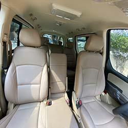 2020 Hyundai Grand Starex gold 10 seater