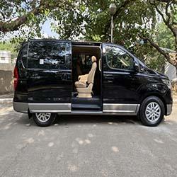 Hyundai Grand Starex van for hire