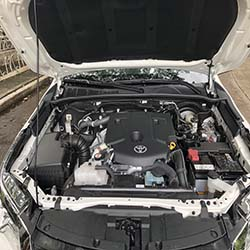 2020 toyota fortuner white for rent engine view