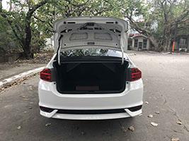 honda city car for rent in manila compartment